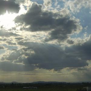 Nubes autopista II - Lluís Ribes i Portillo (cc)